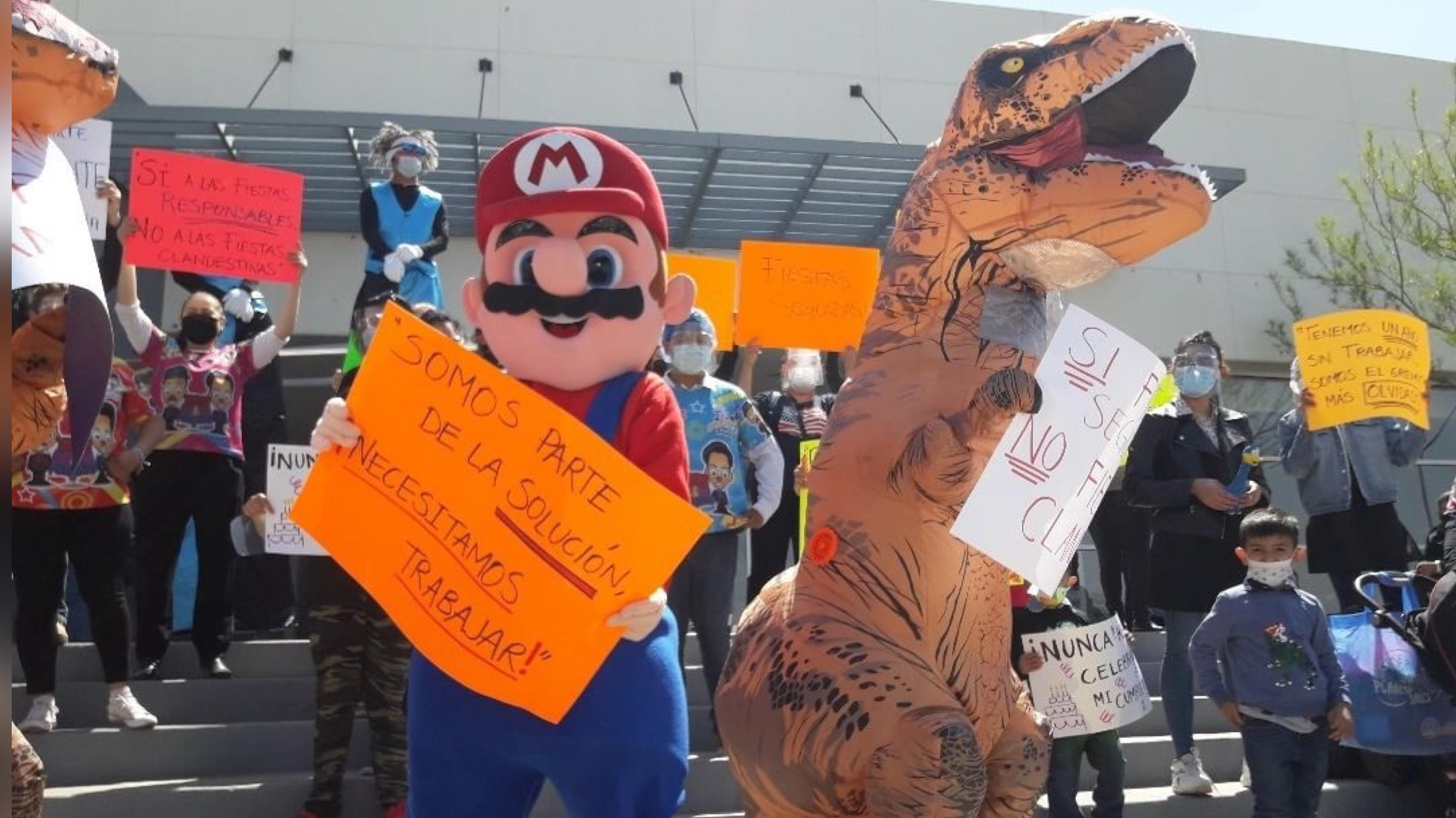 Protestan representantes de fiestas infantiles