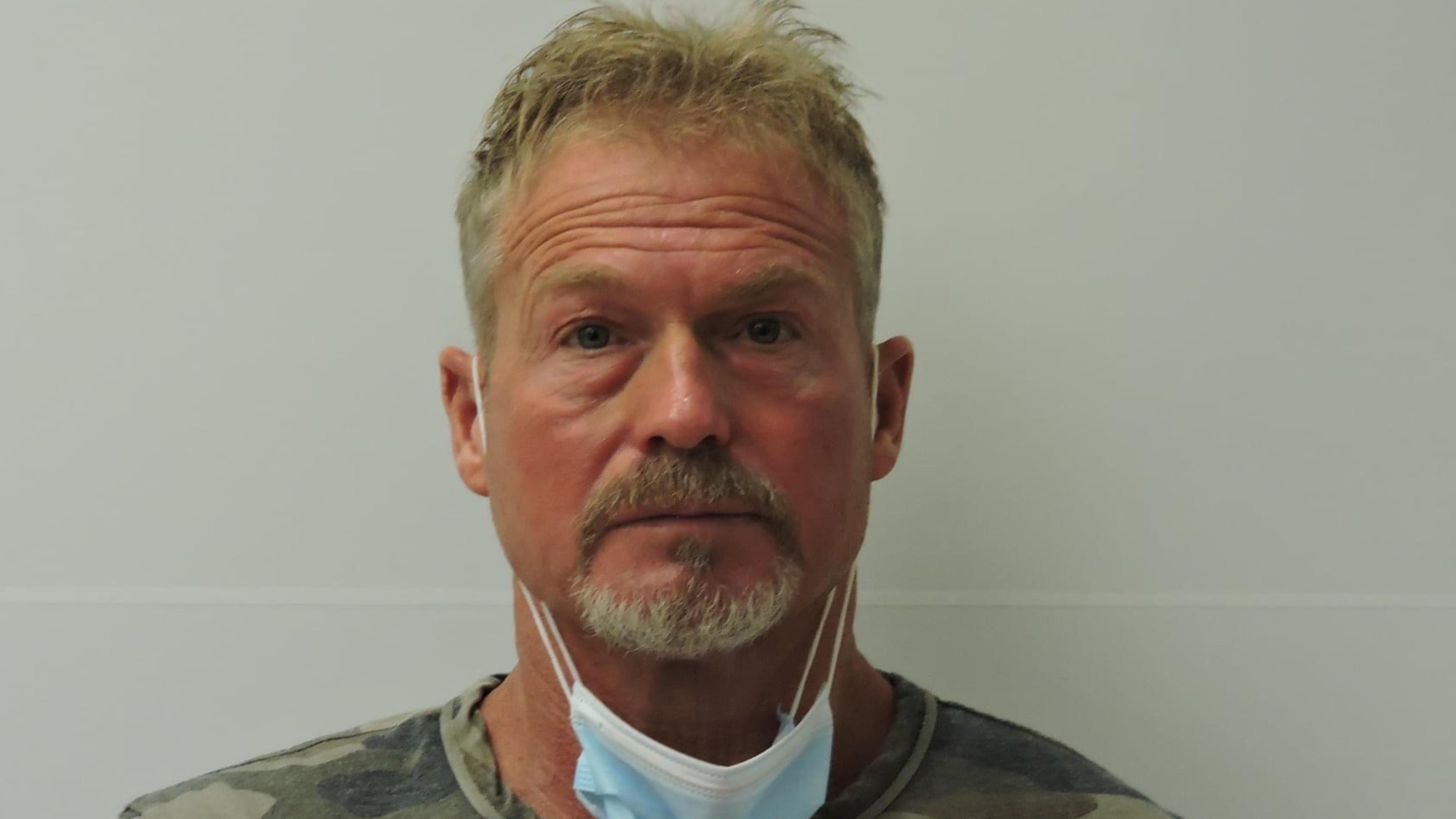 Barry-Morphew-arrestado-por-la-presunta-desaparicion-y-muerte-de-su-esposa