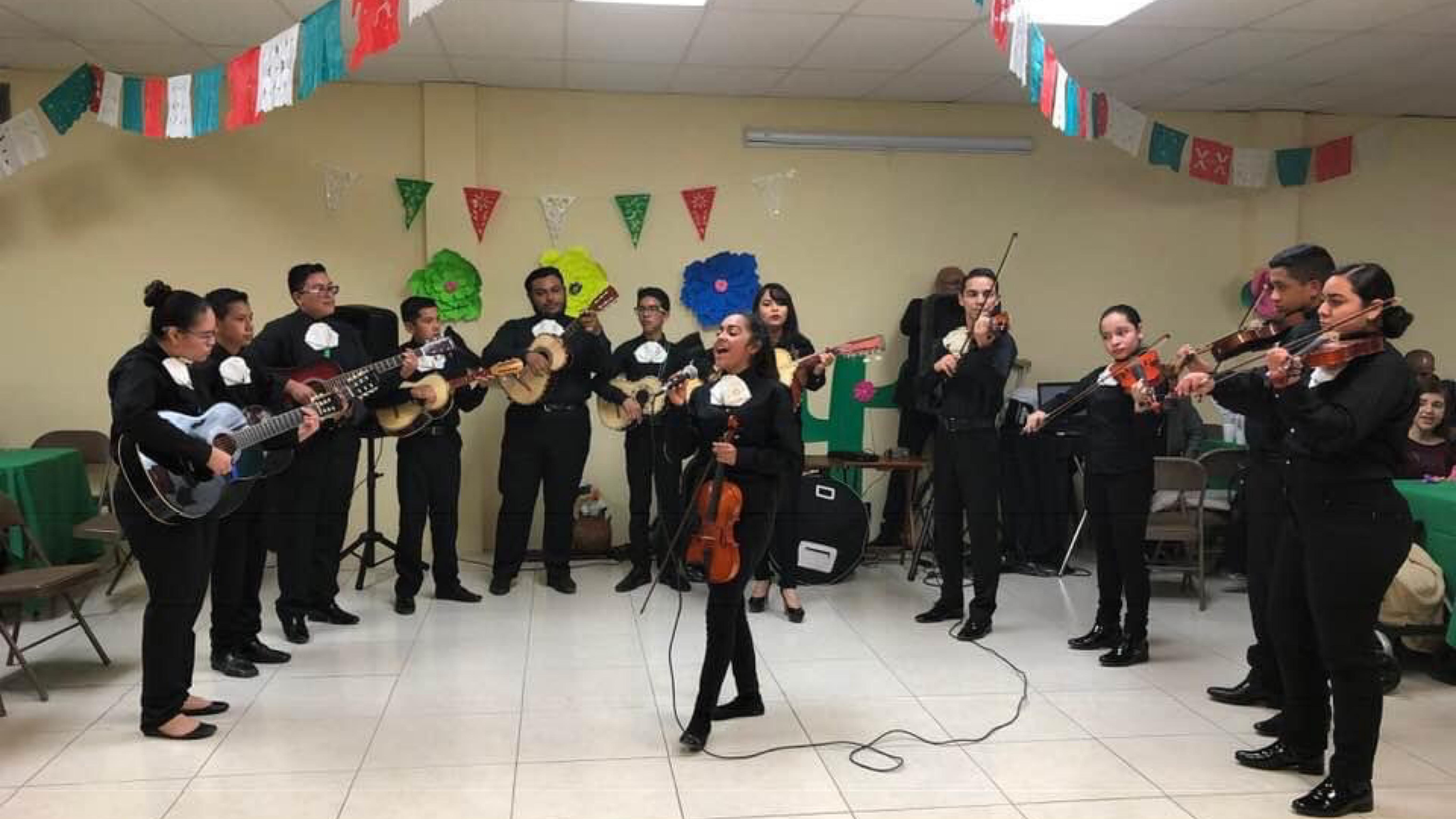 Mariachi-Alma-de-Juarez.-Ccompaz-A.C.