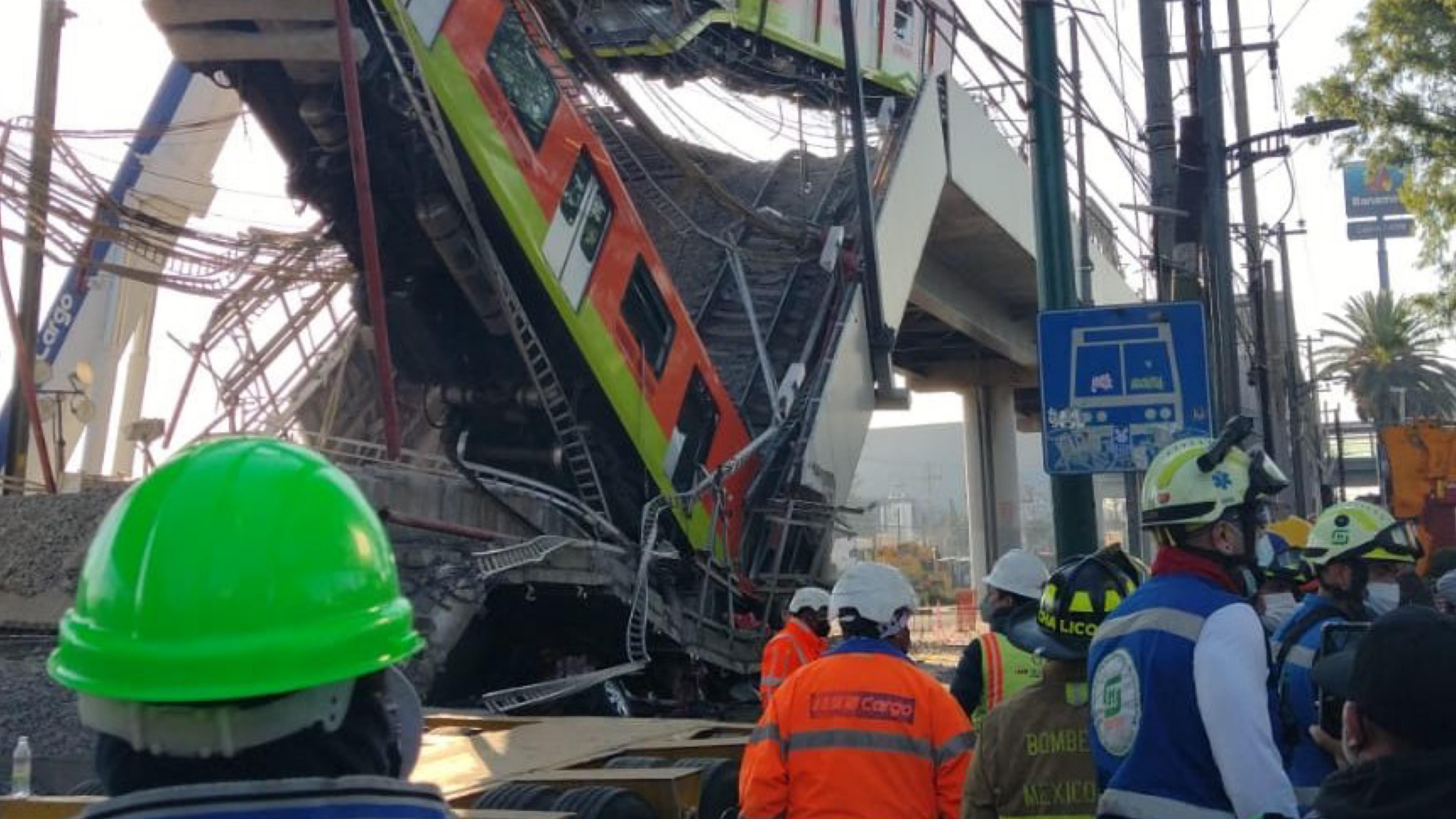 Muertos y heridos en colpaso de metro en CDMX