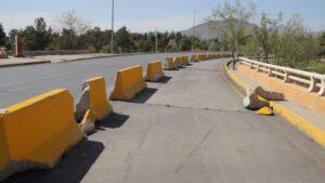 Puente en Juárez con grietas y cuarteaduras