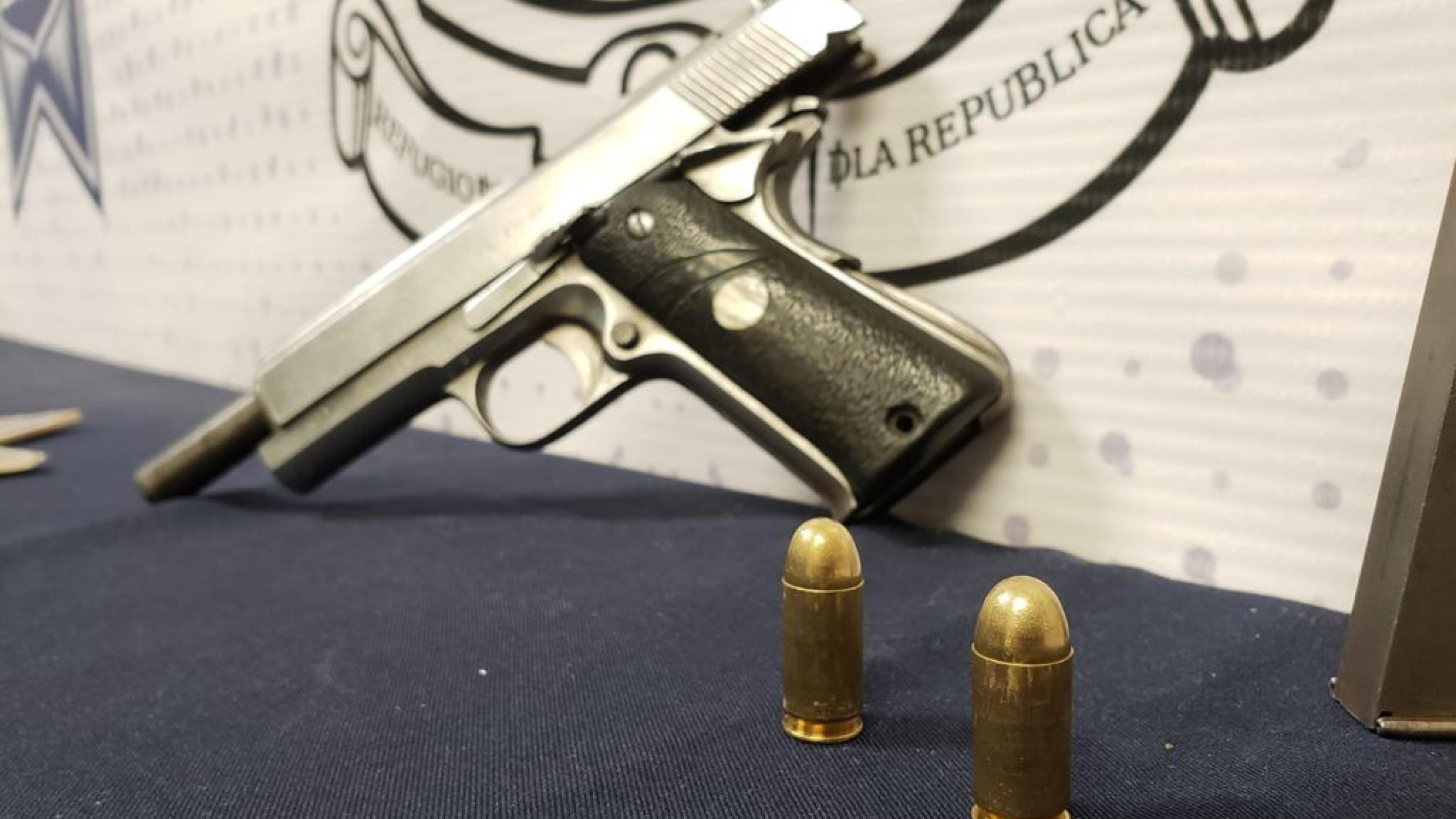 Arma-de-fuego-asegurada
