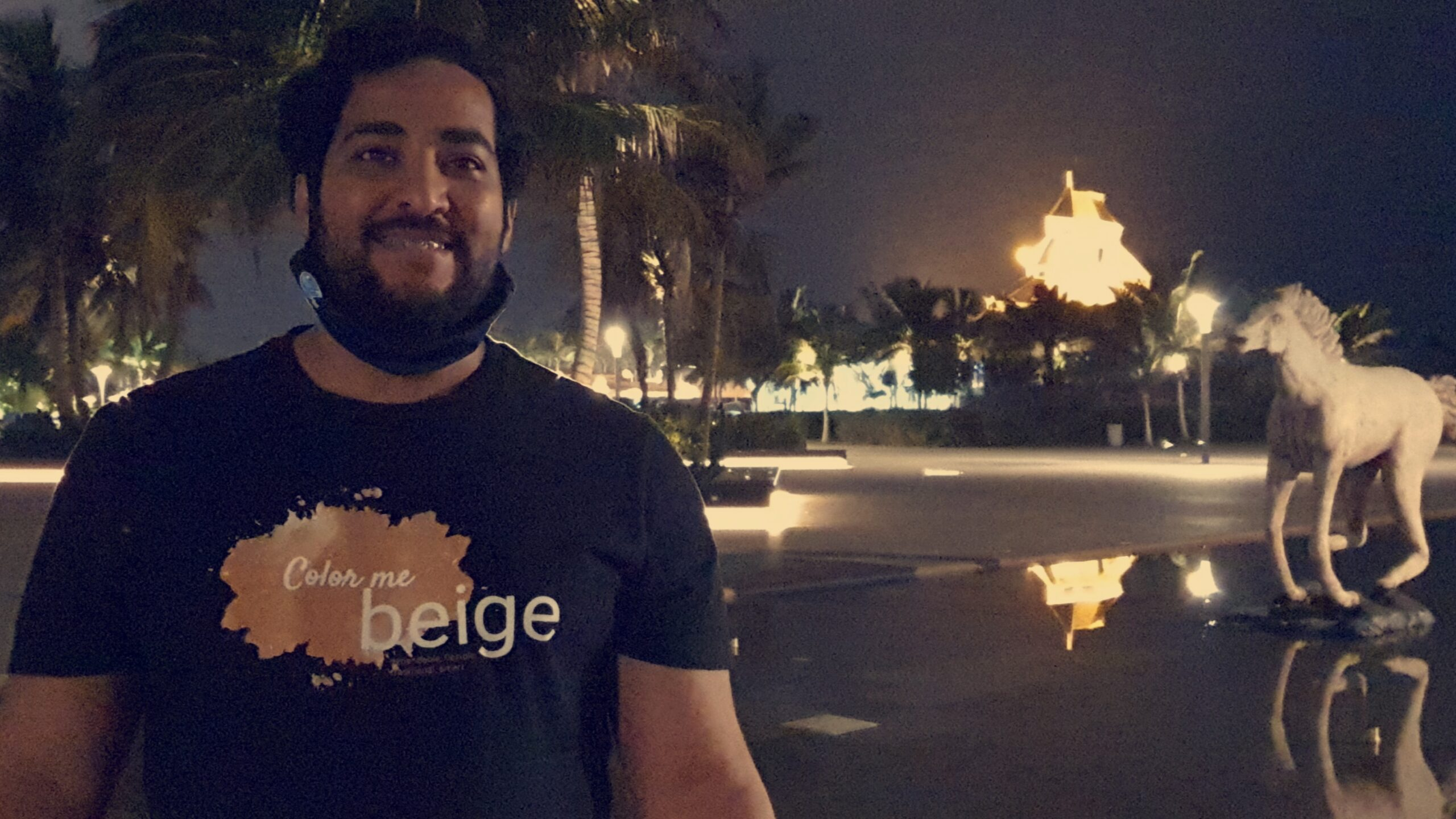 Influencer-escritor-y-empresario-Muneer-Mujahed-Lyati-publica-libro-e-book-Regular-maintenance-of-the-car-Mantenimiento-regular-del-automovil-en-Arabia-Saudita