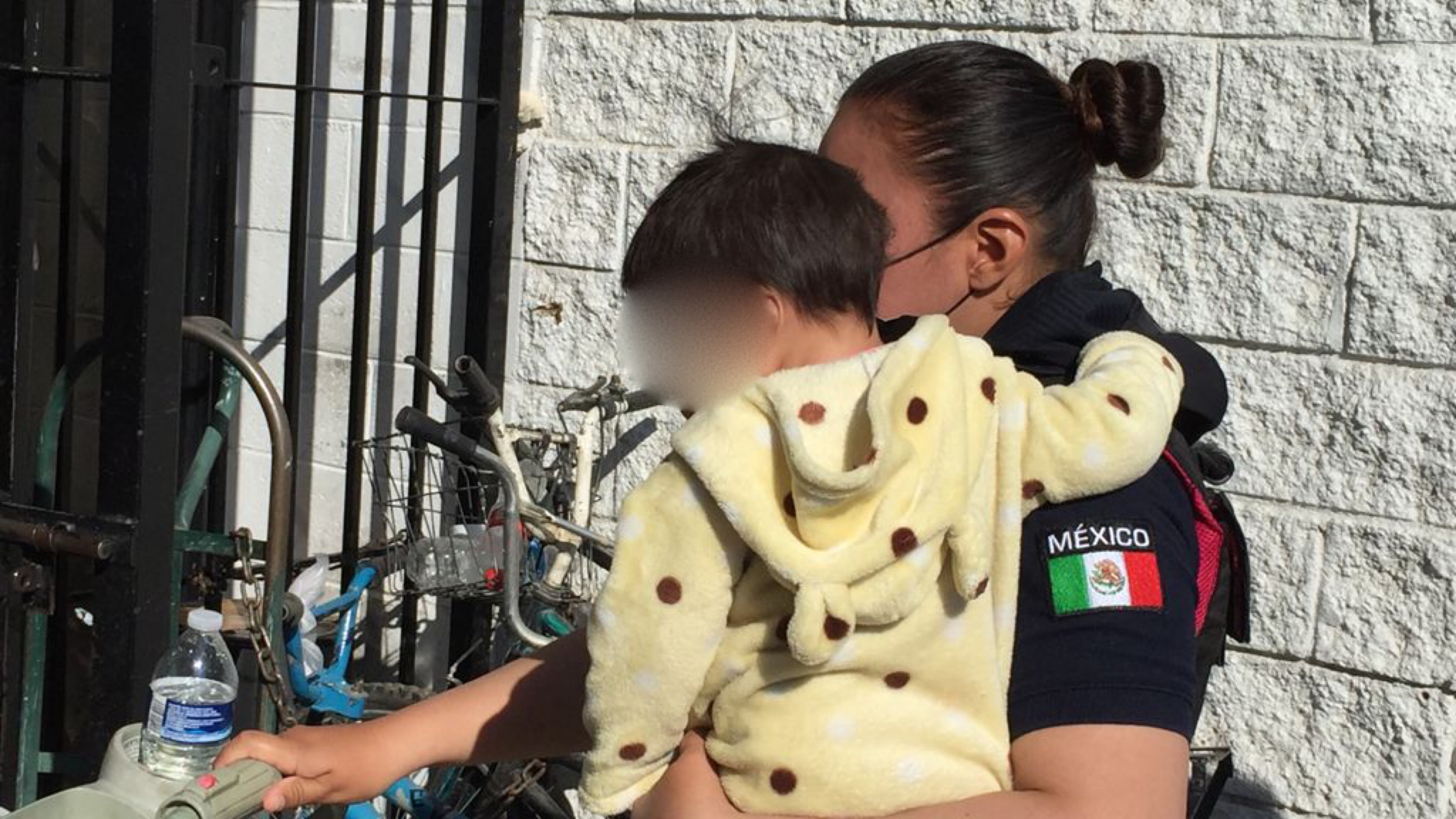 Mujer-abandona-a-tres-menores-en-calles-de-Ciudad-Juarez-Chihuahua
