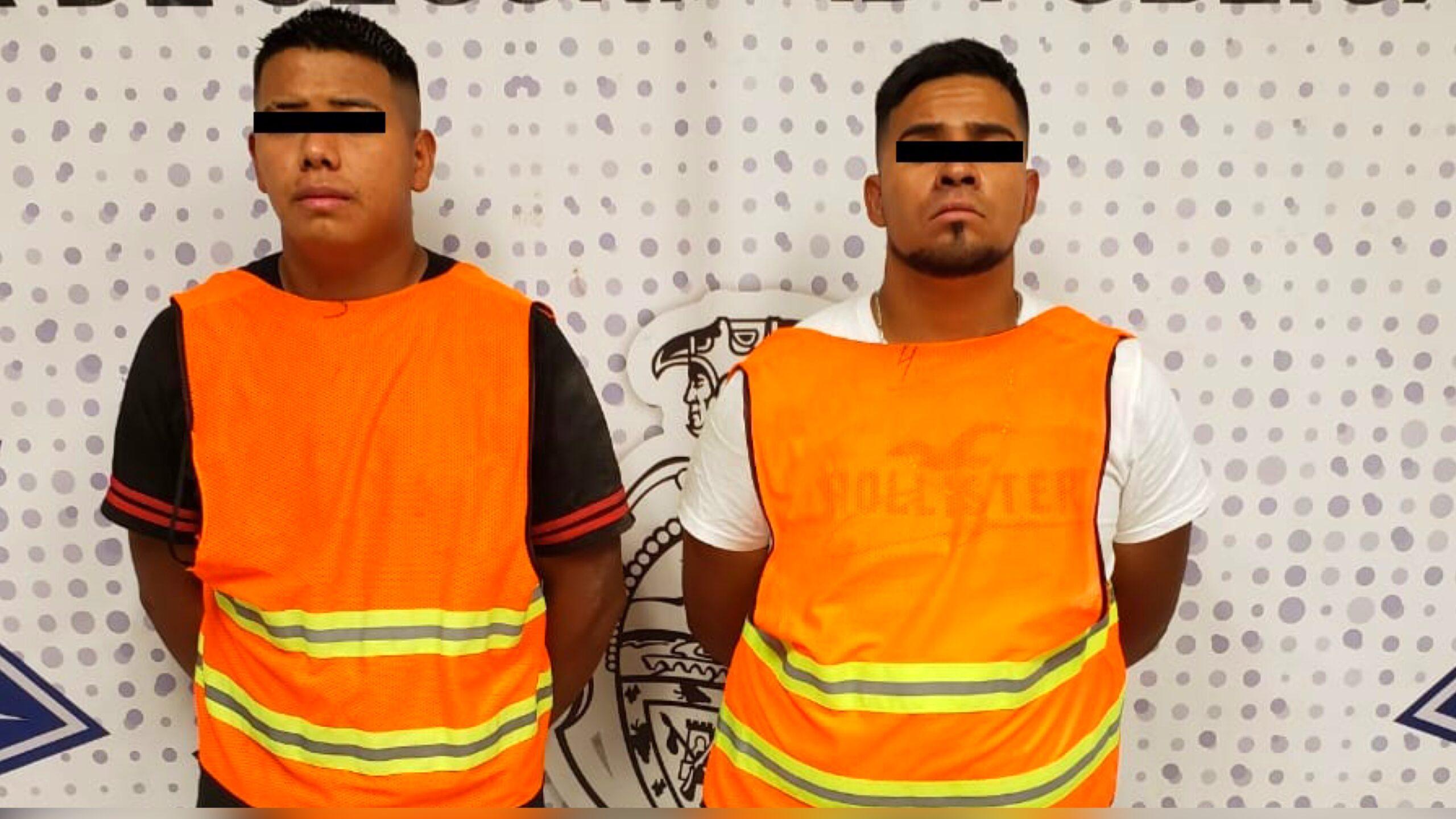 Narciso-Omar-R.R.-y-Alejandro-M.N.-detenidos-por-la-policia.-Foto-SSPM
