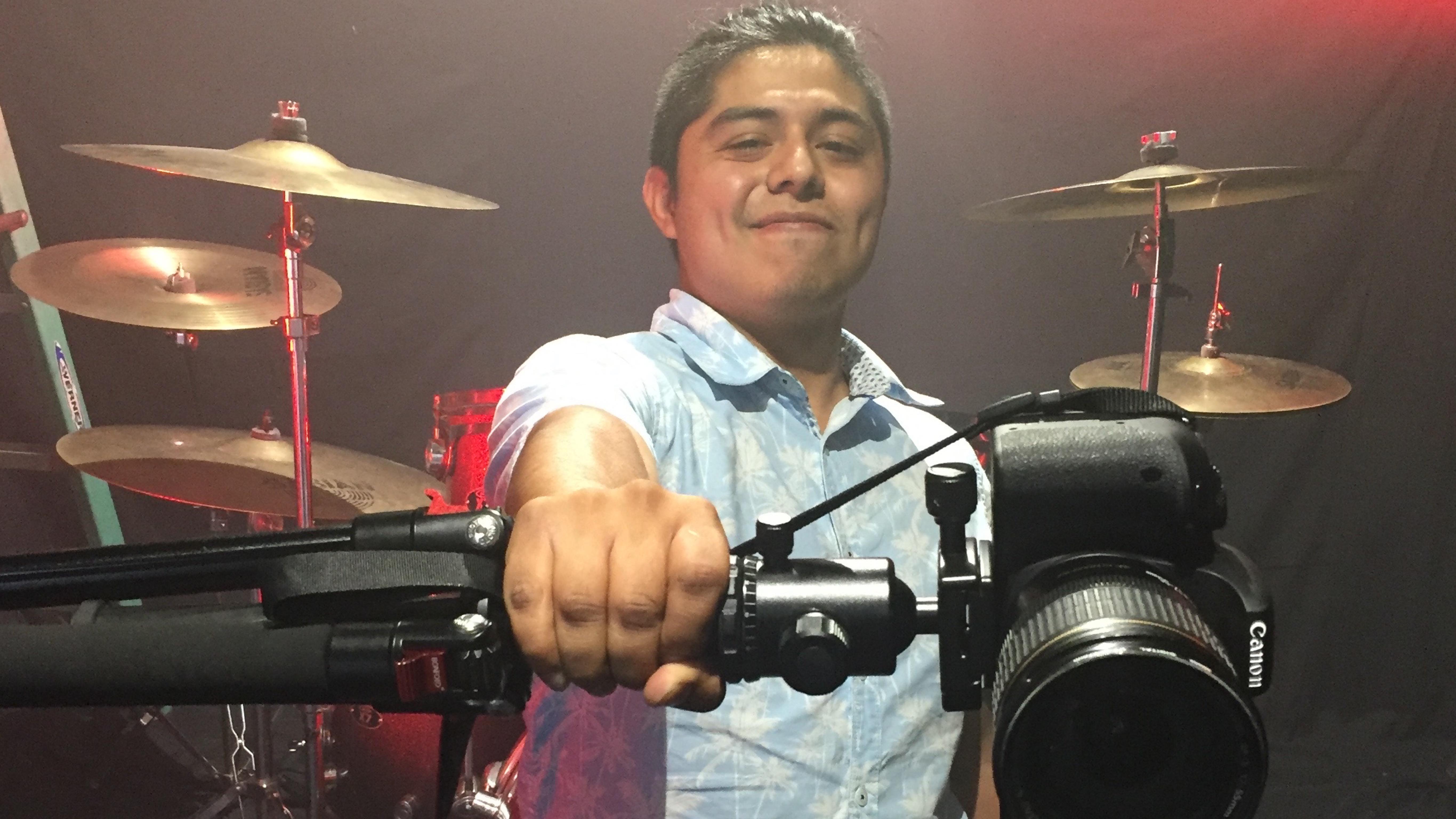 Uriel Venegas, director de video musical, RabbiA