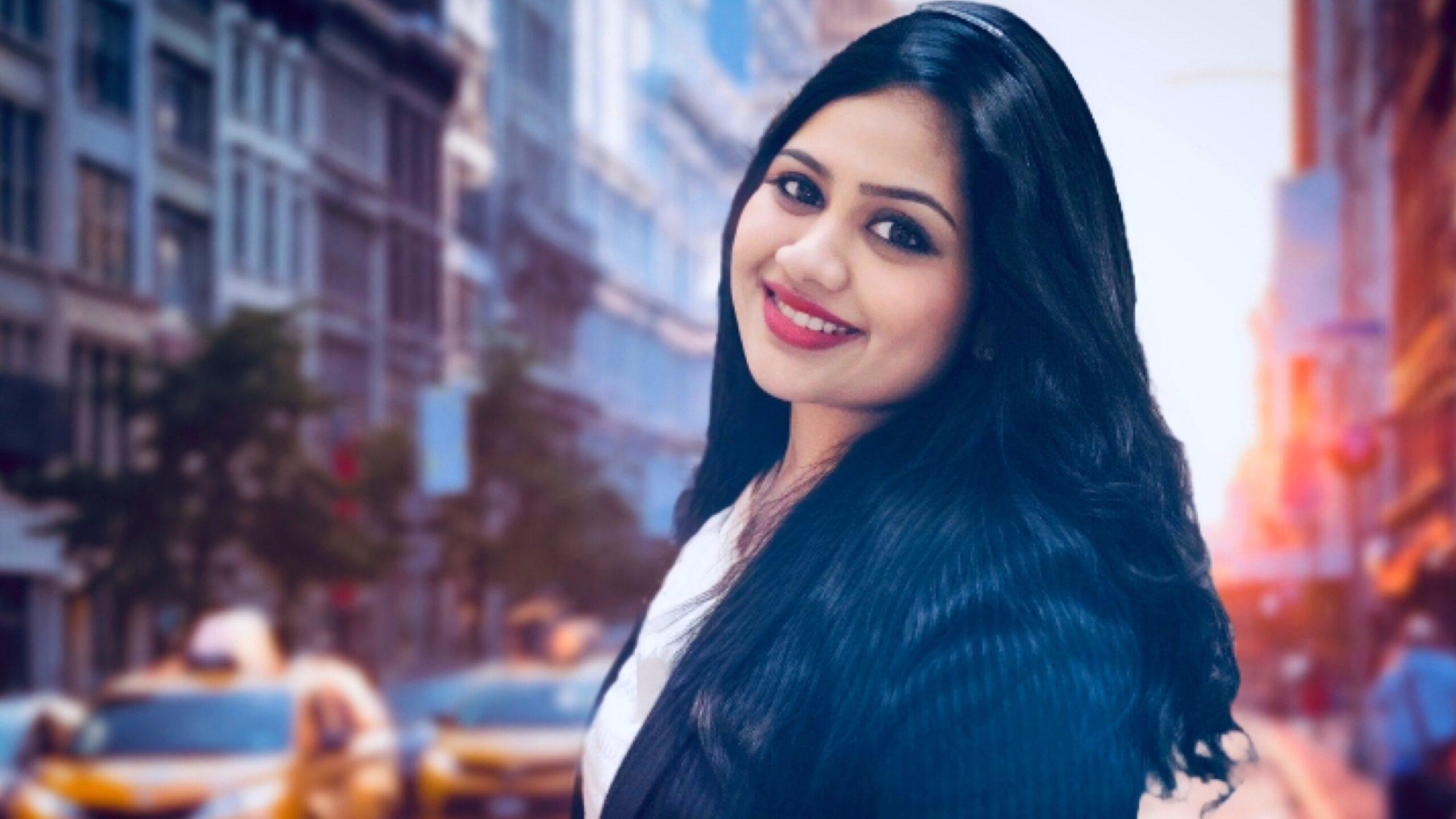 doctora Ash, dentist, influencer and writer